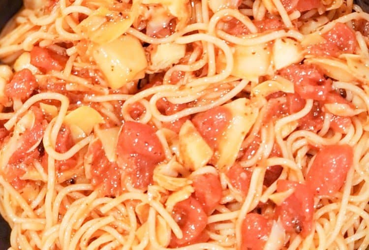 Artichoke Hearts and Tomato Pasta