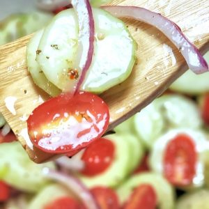 Recipe for Cucumber and Tomato Salad