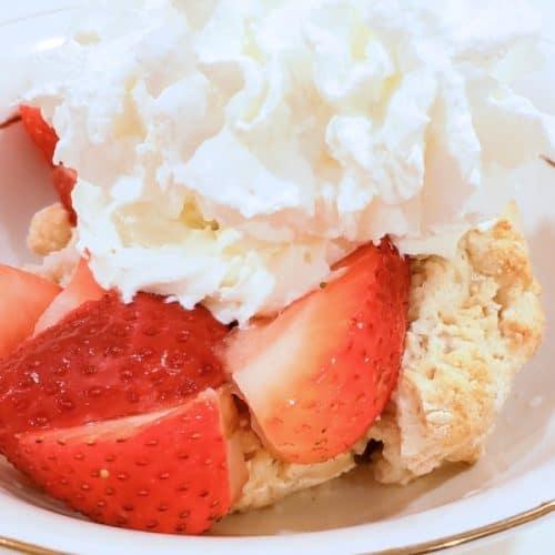 Easy to Make Strawberry Shortcake