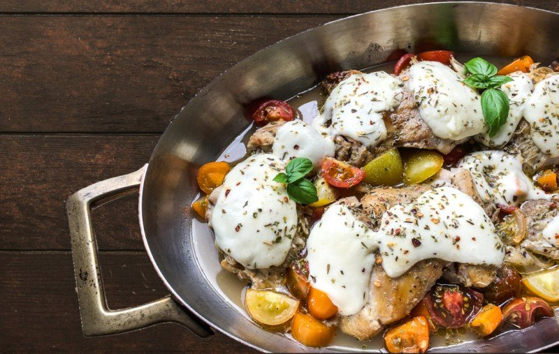 One Pan Mozzarella Chicken Thighs