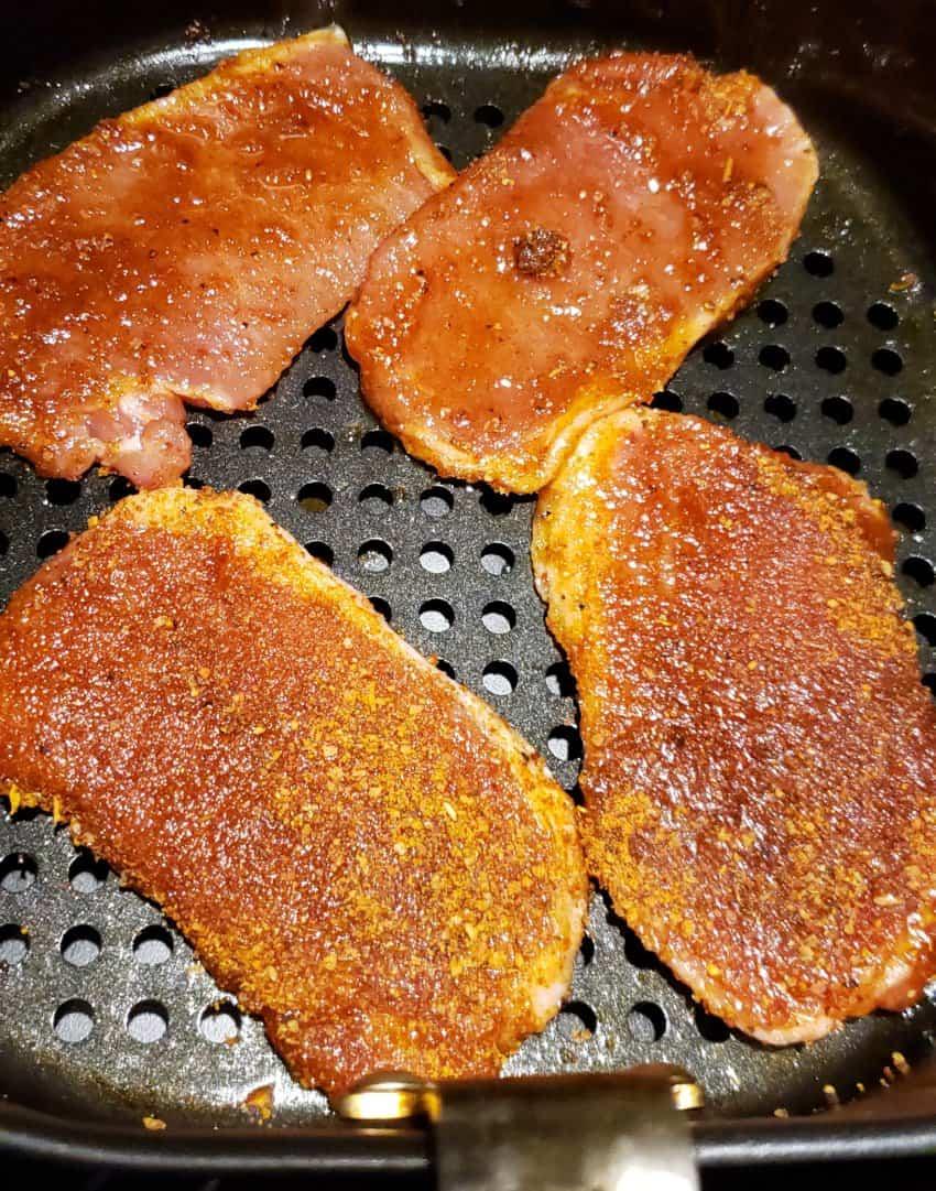 thin bonesless pork chops in the air fryer