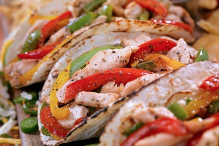 chicken fajitas in tortilla shells