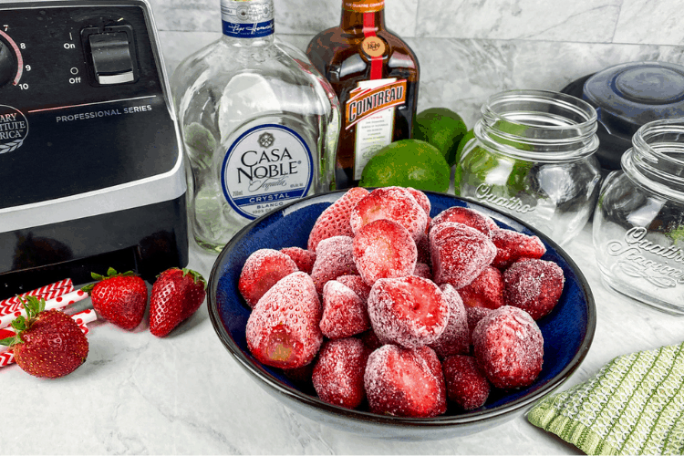 ingredients for making strawberry margaritas