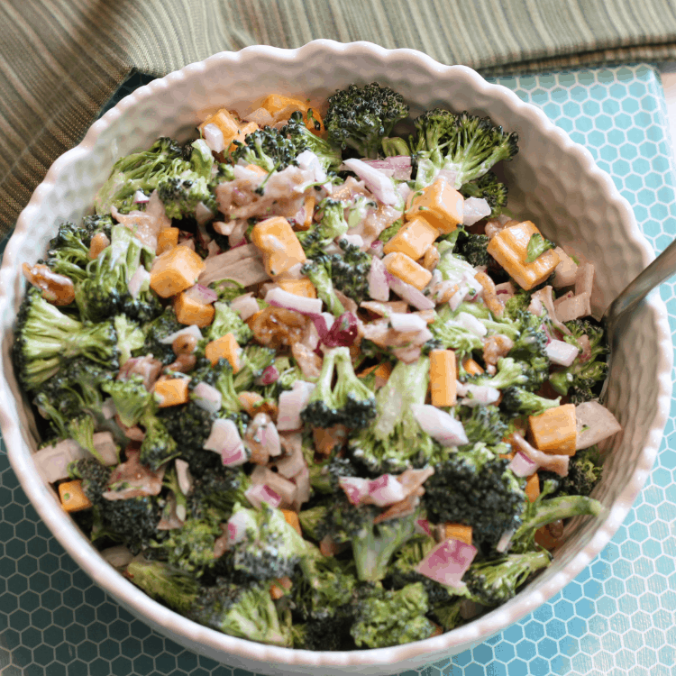 summer broccoli salad